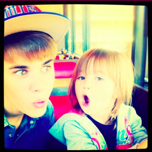 Justin Bieber and Sister At Waffle House