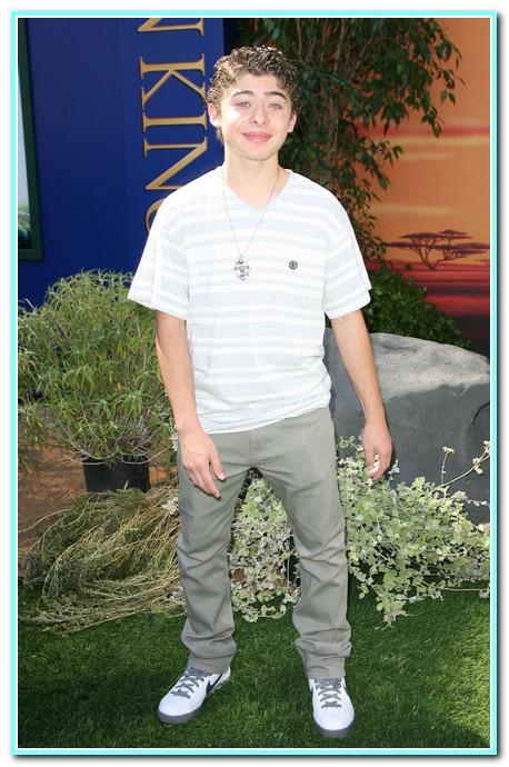 Ryan Ochoa World Premiere of Disney's 'The Lion King 3D' & Other News