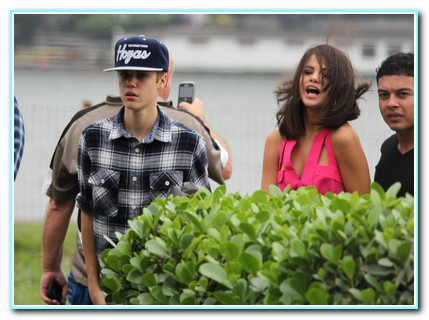 Justin Bieber And Selena Gomez Shack Up At Super Luxury Hotel