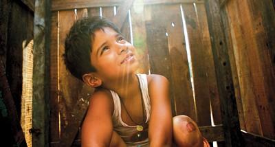 Real Life 'Slumdog Millionaire' Wins $1,000,000