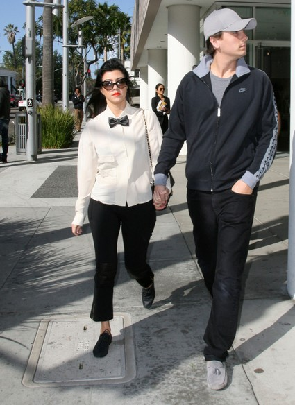 Kourtney Kardashian & Scott Disick Make Their Relationship Work Without Marriage (Photo)