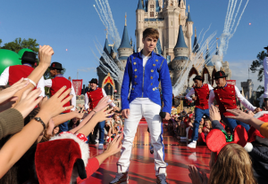 Justin Bieber Films For Disney Christmas Parade