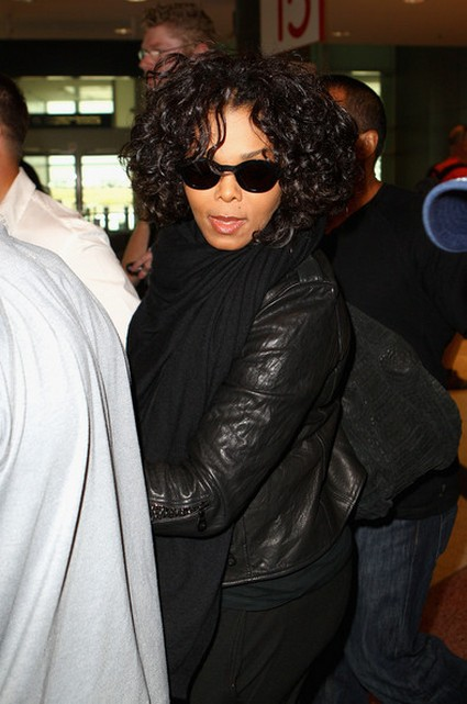 Janet Jackson 'In Shock' Over Whitney Houston's Death