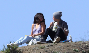 Justin Bieber and Selena Gomez Share Picnic