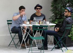 Jonas Brothers Leave Hollywood Records