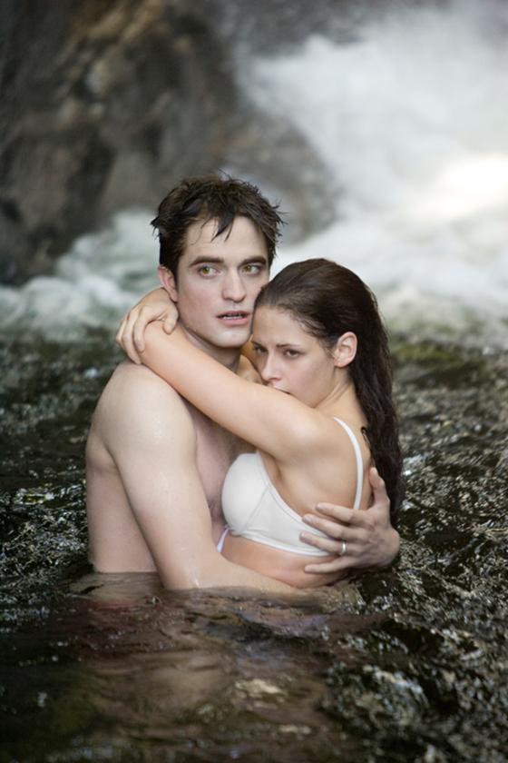 Kristen Stewart And Robert Pattinson Will Reuinite For Breaking Dawn Tour