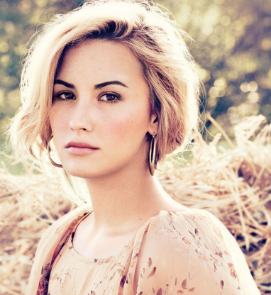 Demi Lovato Covers 'Teen Vogue'