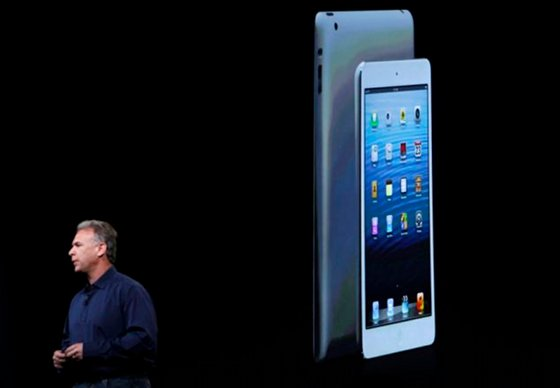 Apple Announces iPad 4 To Compete With Kindle Fire, Misses The Mark With Outrageous Prices, So You Probably Won't Find It Under The Christmas Tree!