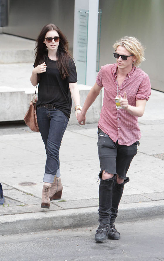 "Spotted: Lily Collins In Toronto Filming ""The Mortal Instruments: City Of Bones"""