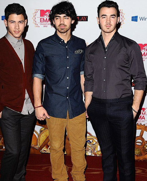 "Jonas Brothers Talk New Album: 'It's Definitely a Growth"""