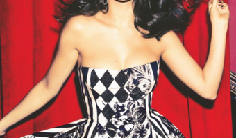 Selena Gomez Covers December 'Glamour'
