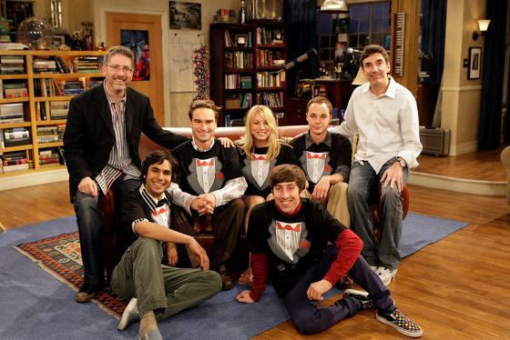 """Big Bang Theory Asks Viewers """"Call Me Maybe"""" With Carly Rae Jepsen Inspired Flash Mob"""