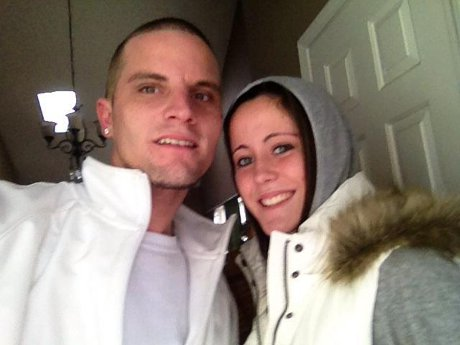 "Jenelle Evans' Claims He and Jenelle Evans Are STILL ""Happily Married!"""