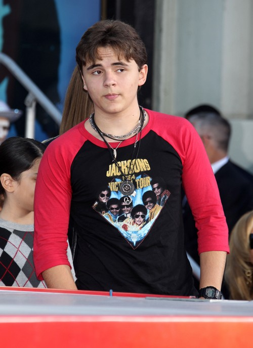 Prince Michael Jackson Will Appear on 90210