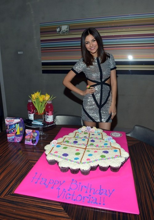 Victoria Justice Celebrated Her Birthday In West Hollywood (Photos)