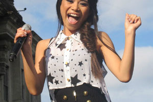 "American Idol Alum Jessica Sanchez Headed to Glee To Play ""Diva"""
