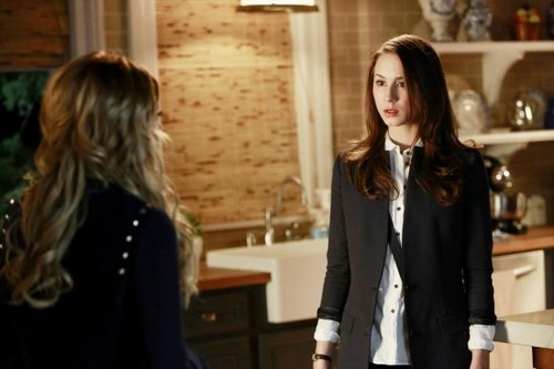 "Pretty Little Liars Season 4 Episode 3 ""Cat's Cradle"" RECAP 6/25/13"