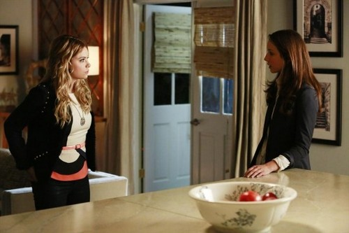 "Pretty Little Liars Season 4 Episode 4 ""Face Time"" RECAP 7/2/13"