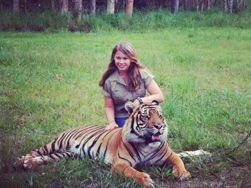 Bindi Irwin Supporting Contraception For Girls as Young as 11