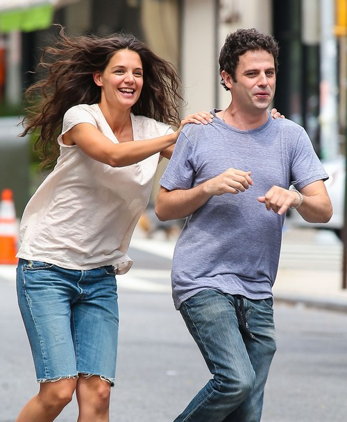 Katie Holmes Dating Luke Kirby, Couple Ready To Go Public?