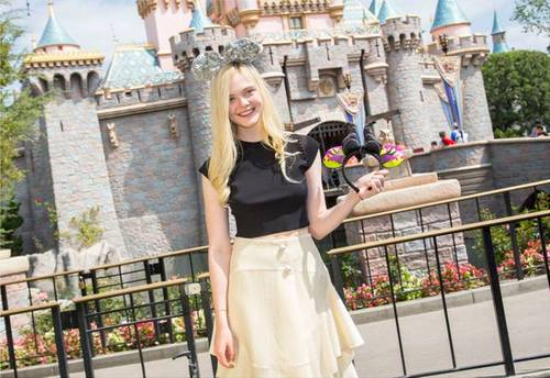 Elle Fanning's Disneyland Trip, New Boyfriend and Thoughts About Angelina Jolie (Photos)