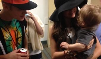 Justin Bieber and Selena Gomez–Back Together In The Recording Studio