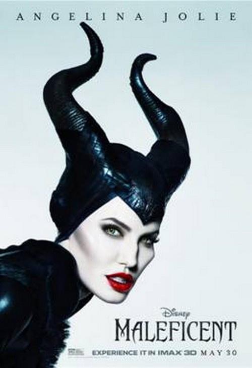 "New ""Maleficent"" Clip Features Angelina Jolie's Stunning Performance (VIDEO)"