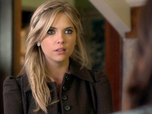 Who Will Pretty Little Liar's Hanna Choose - Caleb or Travis?
