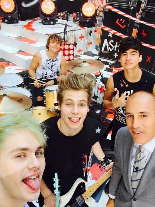 5 Seconds of Summer Performed at Rockefeller Center for Thousands This Morning