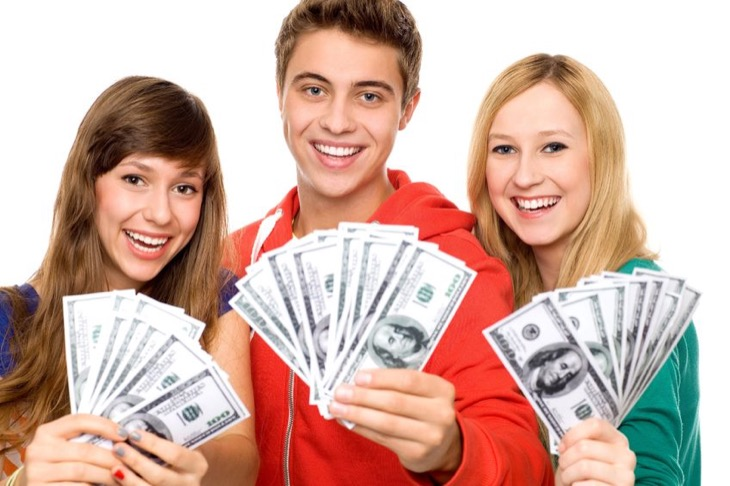 5 Ways For Teens To Make Money This Summer While School Is Out