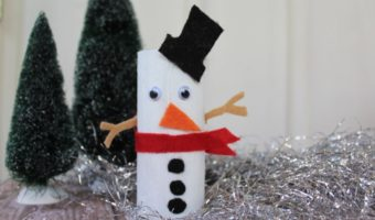 DIY: Cardboard Roll Snowman – A Cute Holiday Craft