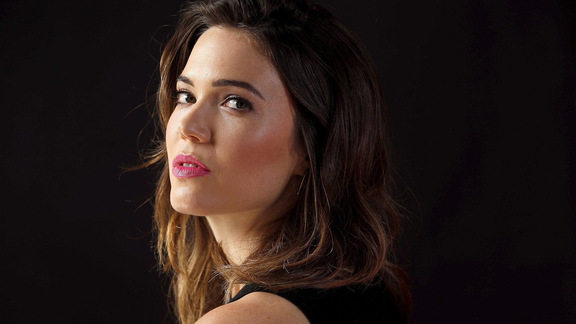 Mandy Moore Calls Jack Pearson's Death on This is Us Earth-Shattering